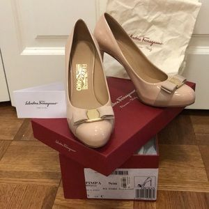 Salvatore Ferragamo Pimpa Heels Pumps New Bisque